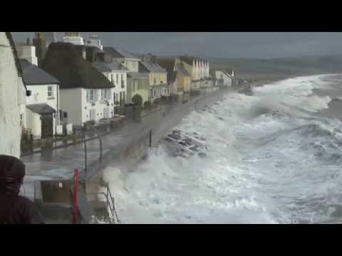 "Torcross Gales, Storm Force Winds, ""Unedited"" Film Clips Of The Damage As It Happened."