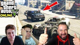 POLİSLER PEŞİMİZDE! | EKİPLE GTA 5 ONLINE SERBEST TAKILMA
