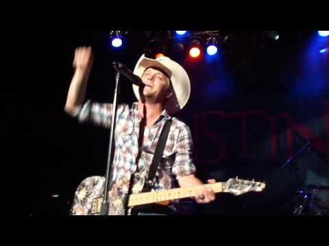 Justin Moore-MY KIND OF WOMAN (LIVE)