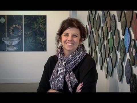 Portrait of an artist - New Zealand painter Nicky Foreman