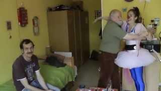ROTE NASEN Clowns im ProSeniore Krankenheim - Klassikradiohörer sind verrückt nach Mozart!