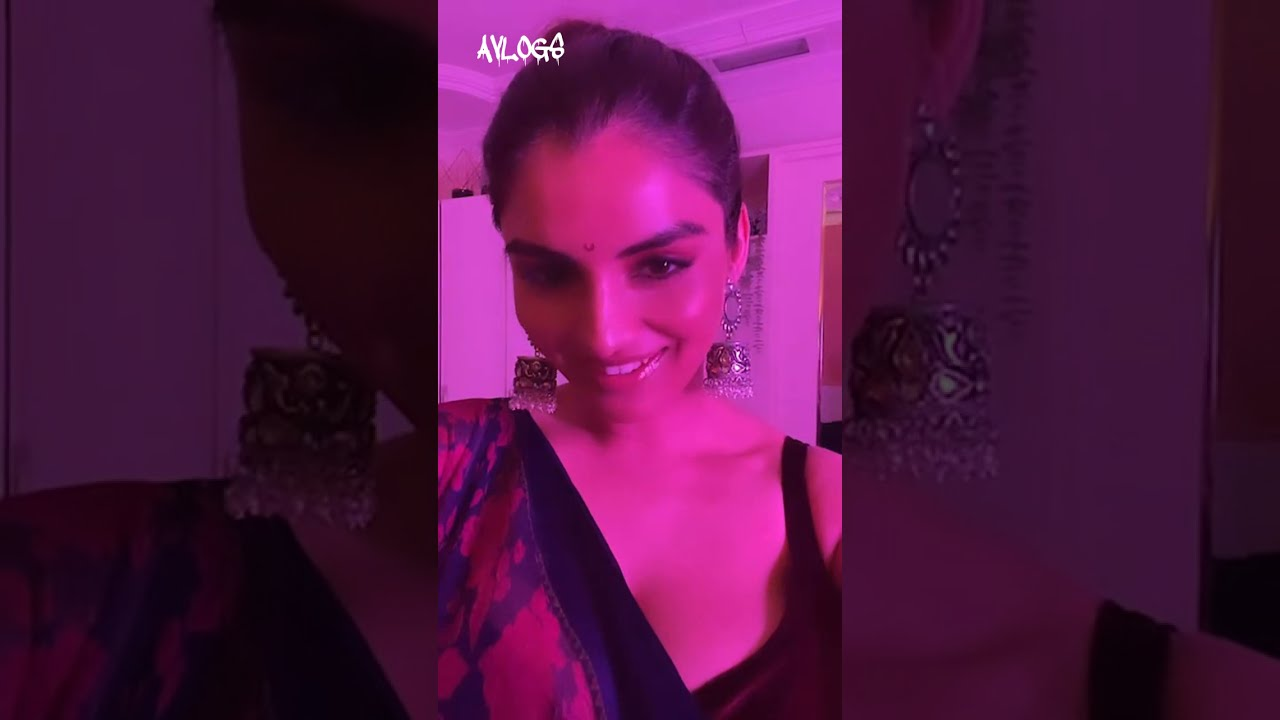 Download ANVESHI JAIN LIVE STRIPPING ON SAREE WITH HUGE CLEAVAGE