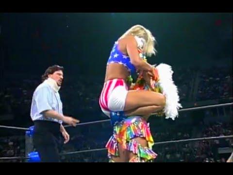 (720pHD): WCW Nitro 11/04/96 - Reina Jabuki vs. Madusa