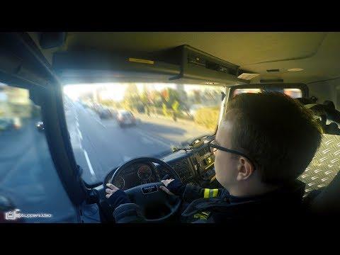 [Inside View] Einsatzfahrt LF-Strunden 1 der Freiwilligen Feuerwehr Köln