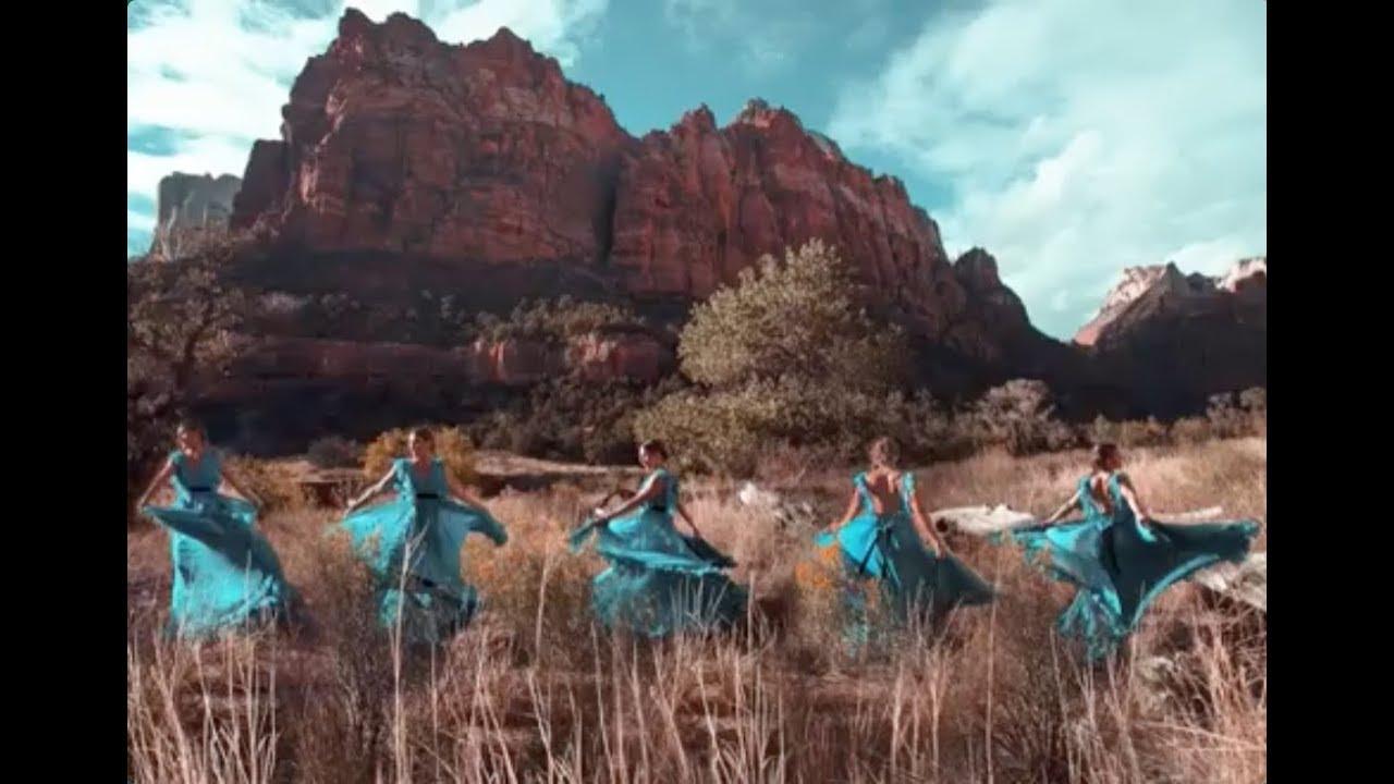 Caroline Jones - Chasin' Me (Official Video)