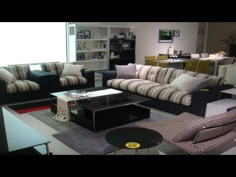 Sillones living como decorar un living youtube for Muebles en ele modernos