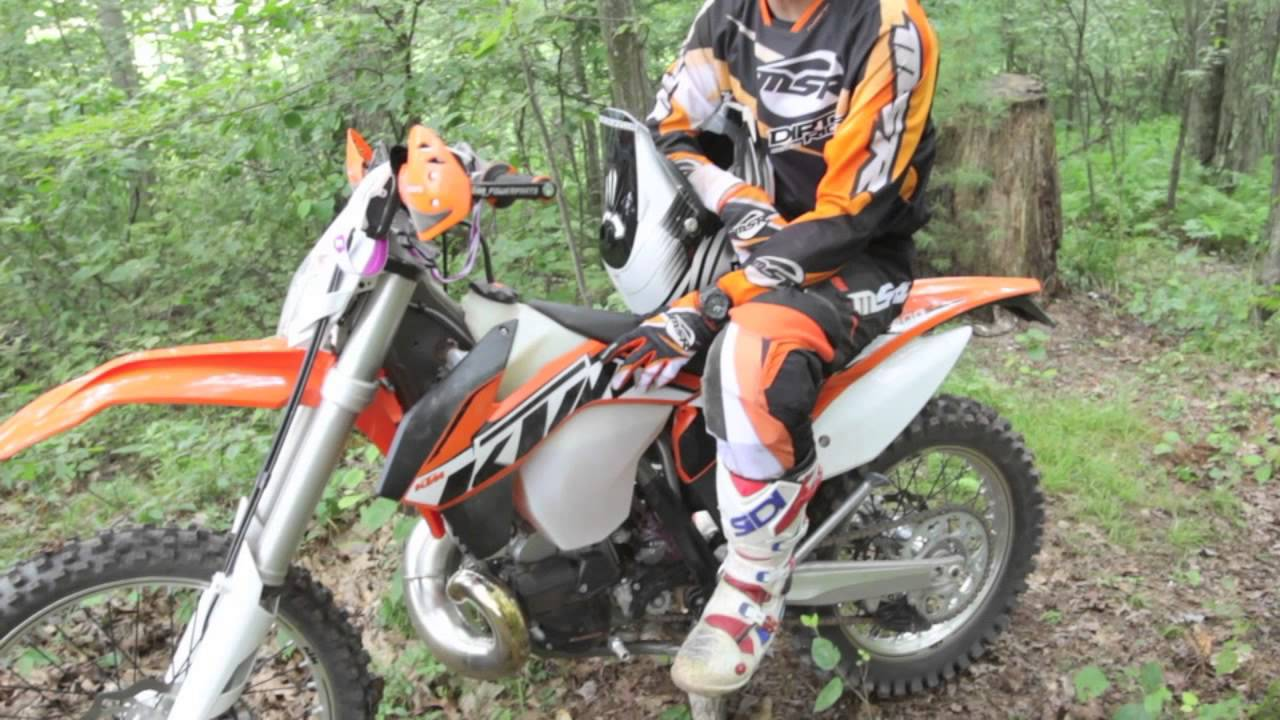 2014 ktm off-road first test: 2-strokes & 4-strokes - youtube