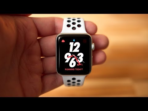 temerario cuatro veces Implementar  Should you buy the standard Apple Watch Series 3 or the Nike + model? -  YouTube
