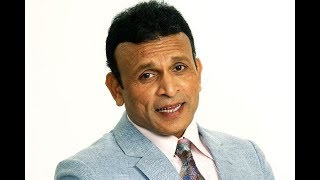Annu Kapoor Lifestyle | Bio, Birthday, Age, Height, Weight, Parents, Family, Net worth !!!