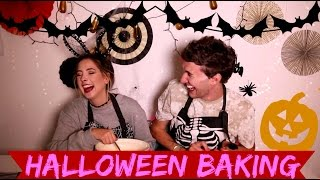 HALLOWEEN BAKING WITH ZOE || MARK FERRIS