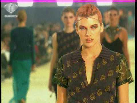 fashiontv I FTV.com - FASHION IN FILMS MILLA JOVOVICH