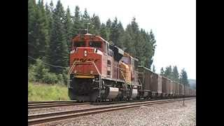 EMD Wind-Up! BNSF SD70ACe and SD70MAC Coal Drag after getting a Green Light. High Ball!!!
