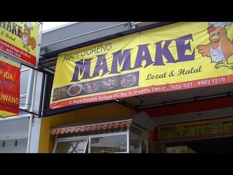 Jakarta Restaurant 11 Mamake Restaurant making Taliwang Roasted Chicken and Starfruit Juice