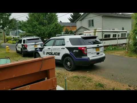 Impromptu 1st amendment audit at my house!! Lincoln City police. Pass.