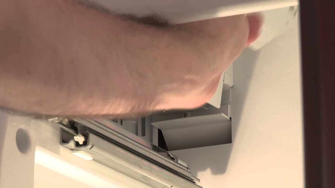 How to Turn the Ice Maker On - Whirlpool Home Appliances