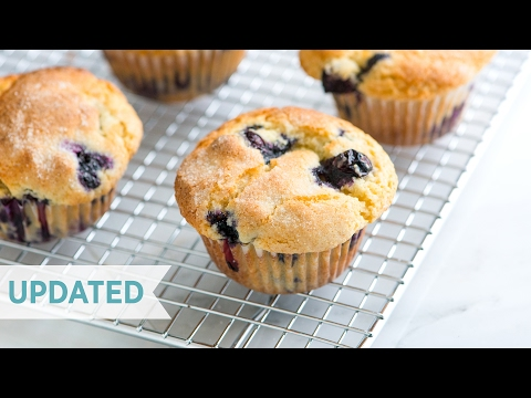 Quick And Easy Blueberry Muffin Recipe - How To Make The Best Homemade Blueberry Muffins - Updated