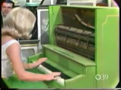 Jo Ann Castle Playing Swanee (corrected audio)