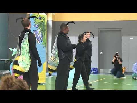 Florentine Opera performs for third-graders at St. Marcus Lutheran School