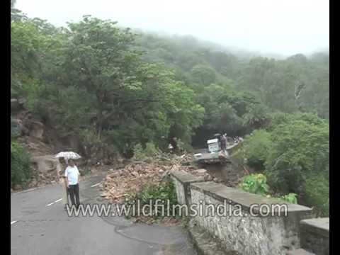 Landslide in Mount Abu after heavy rain