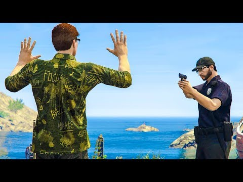 I Found 28 POUNDS of ILLEGAL STUFF on HIM! GTA 5 COP RP!
