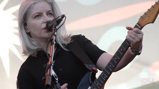 Alvvays - Dreams Tonite (LIVE at Music Tastes Good)