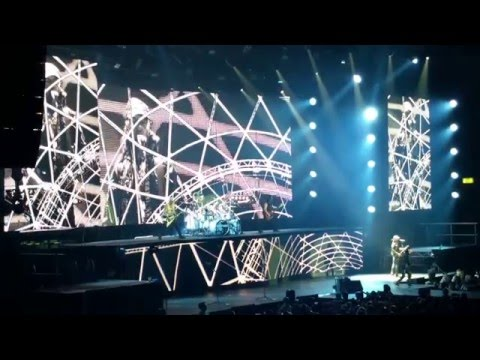 Scorpions - Live in Stuttgart 2016  - Intro, Zoo