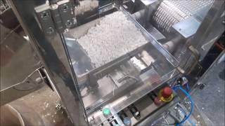 KELLER - transport pastylek wewnątrz maszyny