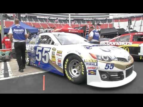 Garagecam 39 it 39 s bristol baby 39 youtube for Garage ad buc