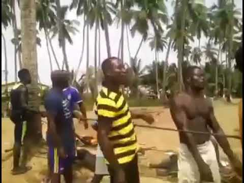 Cape Coast Fishermen singing and Pulling their net
