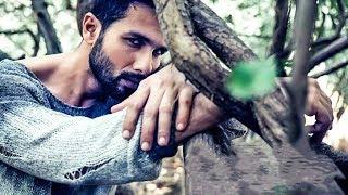 Shahid Kapoor looks blazing hot in latest Filmfare photoshoot