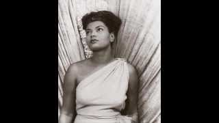 Play Baby, It's Cold Outside (feat. Pearl Bailey)