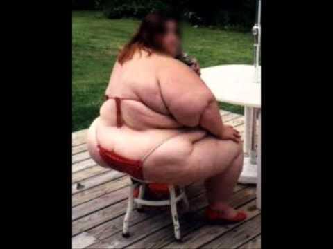 Slightly overweight women blowjob