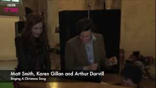 Repeat youtube video Doctor Who Cast Singing