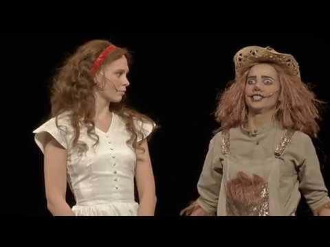 """ERR: Ugala muusikaline lastelavastus """"Võlur Oz"""""""