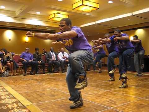 Bruhs setting it Owt at the 1st District march off