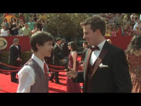 Primetime Emmy 61 Red Carpet   Alexander Gould