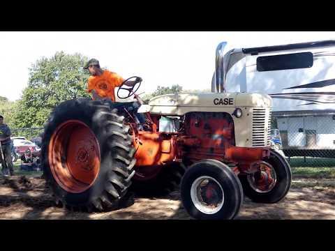 2017 Bethlehem Fair Antique Tractor Pull'n - Class: 6500 lbs