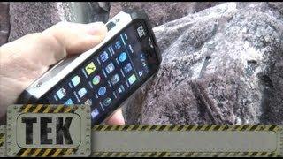 Caterpillar B15, Un teléfono para manazas