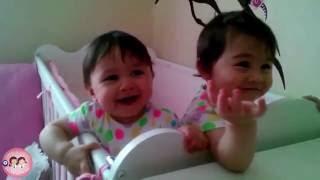 Gülmek garanti, ikizler gülmekten kopuyor!  | Simay ve Miray Büyüyor