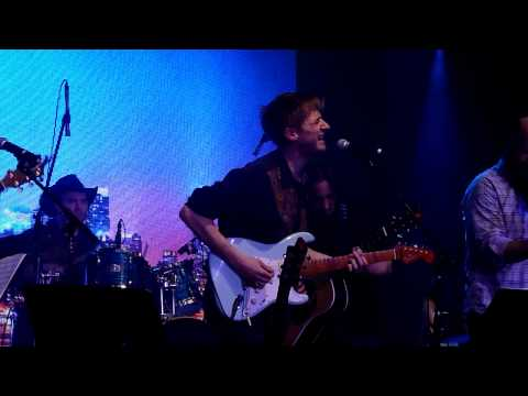 """Arthur Darvill- """"Grace"""" Live"""