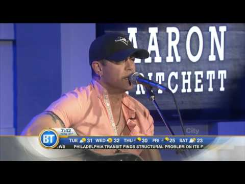 Aaron Pritchett performs 'Out Of The Blue'
