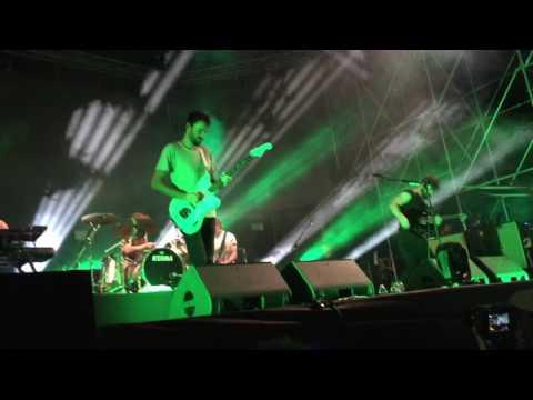 Foals - Inhaler @AMA Music Festival 23.08.2016