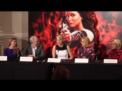The Hunger Games: Catching Fire Press Conference - Jennifer Lawrence Avoiding Embarrasing Mistakes