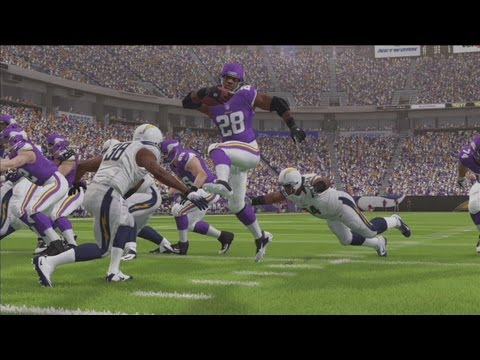 Madden 25 Online Match against Subscriber - Chargers vs. Vikings (Adrian Peterson hurdles everyone!)
