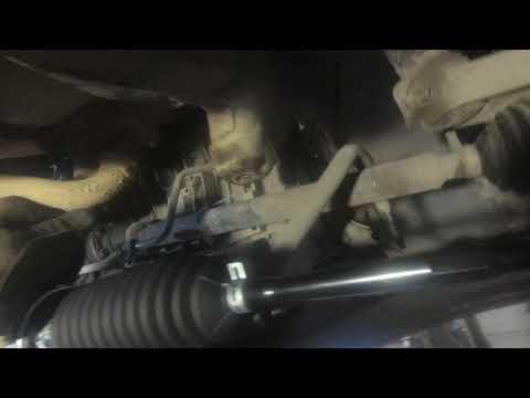 Skoda. Octavia. Замена рулевой рейки.