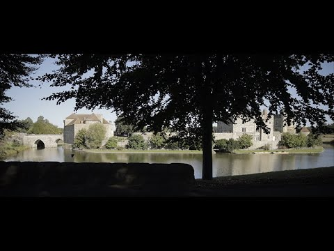 Leeds Castle | Love at First Sight | Susanna and Barry's Wedding