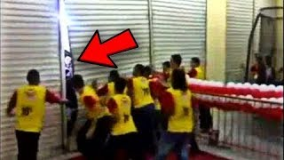 Watch What Happened When They Opened The Door On Black Friday 2017 MADNESS
