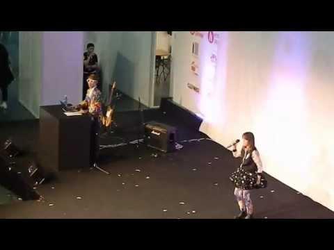 Joe Inoue and Diana Garnet J pop live Hyper Japan Christmas 2014