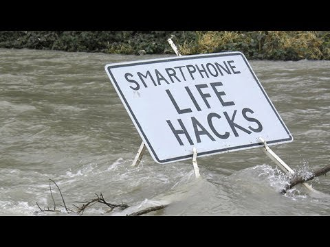 phone-hacks-for-natural-disaster!-how-donate-for-kerala-flood-relief?-charge-phone-with-aa-batteries