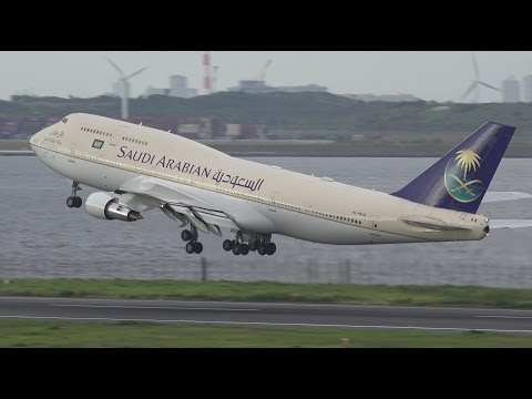 Saudi Arabian Government Boeing 747-300 HZ-HM1A Takeoff from HND 34R